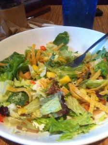 Picture from a couple of weekends ago, different day, same salad=)